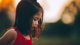 【考察】あな番主題歌MVの子ども筧礼は誰?尾野ちゃんの幼少期の姿?